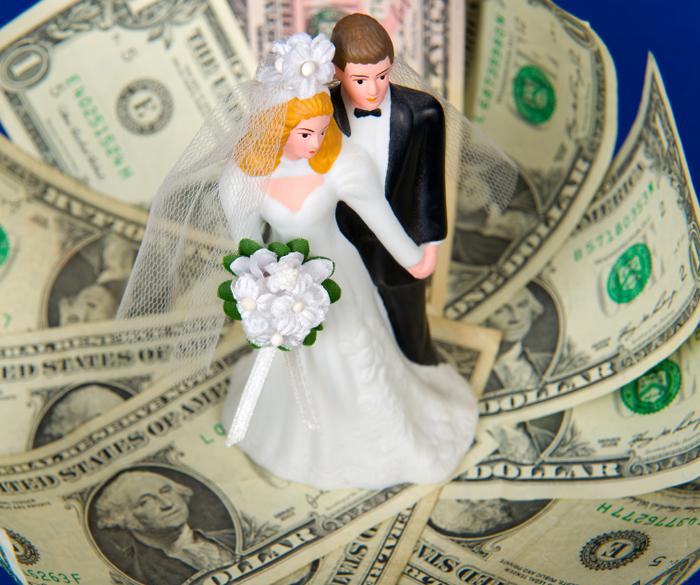 Proper Etiquette For Wedding Gifts: Wedding Question: Cash Bar Etiquette